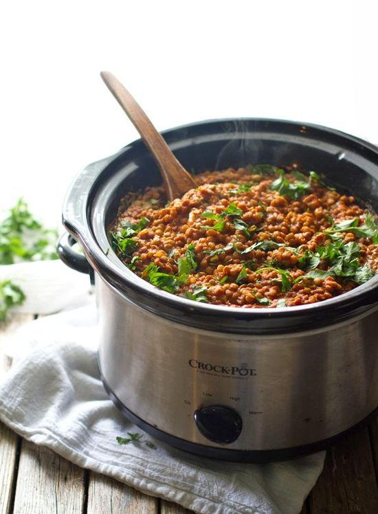 Crockpot Red Lentil Curry - a quick, super healthy weeknight meal.