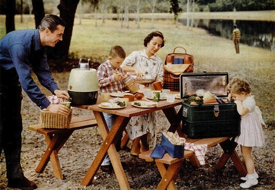 A delightful 1950s summertime picnic filled with Thermos brand products (I want the green metal cooler soooo much!). #family #vintage #summer #picnic #1950s #camping #travel #vacation