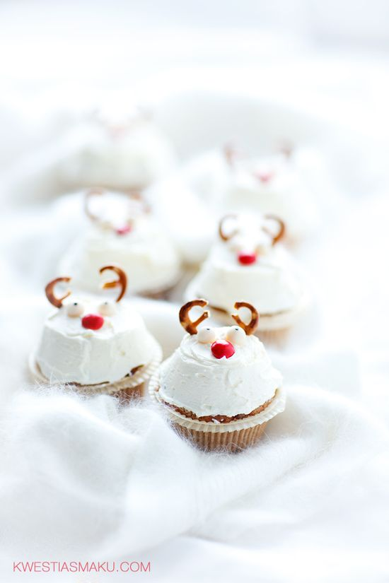 ... gingerbread cupcakes ...