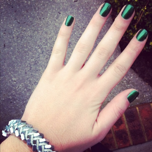 Emerald nail polish