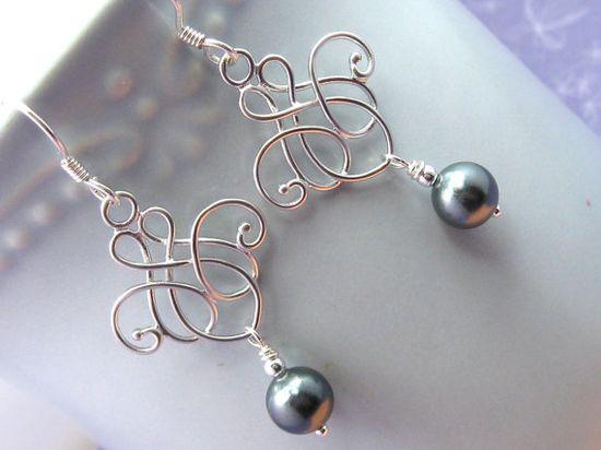Black pearl filigree earrings
