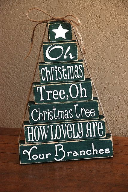 Christmas Tree by JayleeD, via Flickr  Could use this idea to say anything ~!~