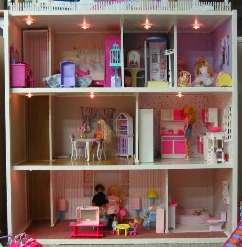 handmade dollhouse from a loving father for his daughter