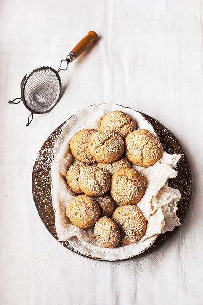 date sesame & Orange cookies