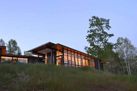 Mountain View Home Unites with Surrounding Landscape / Carlton Architecture + DesignBuild