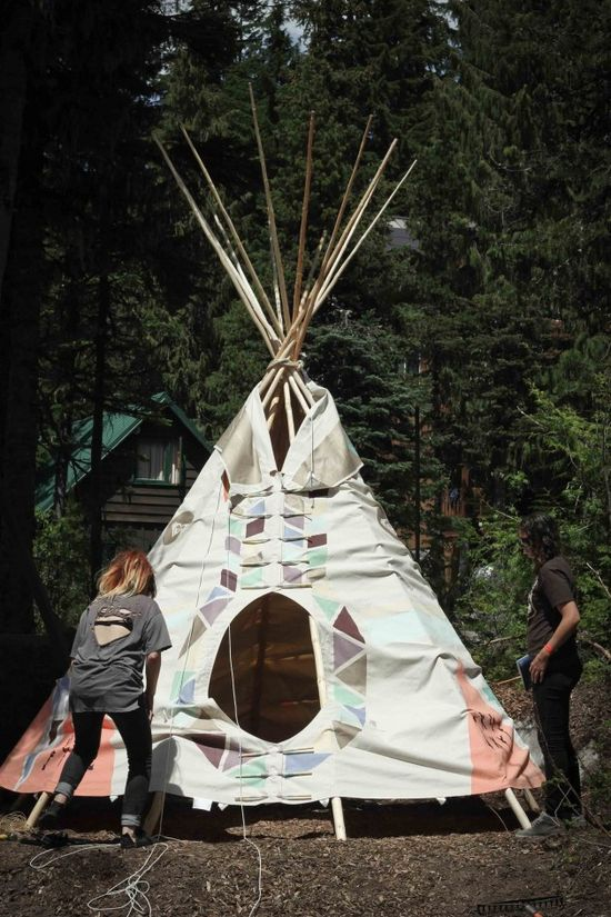 DIY Teepee - how wicked is this!