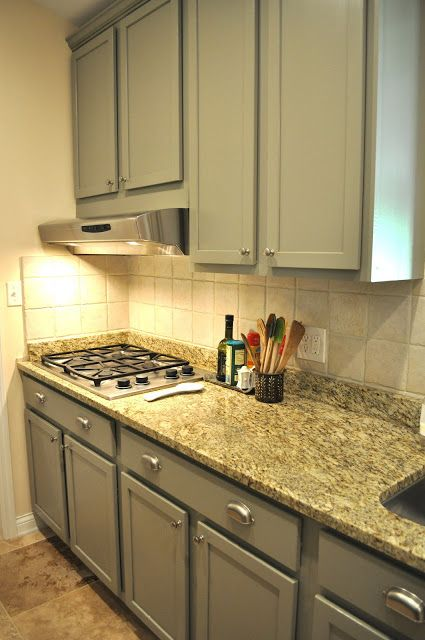 Spice and Sass:  great make over painted kitchen cabinets