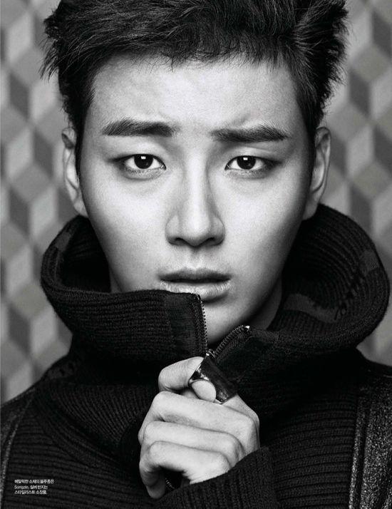 EXTRA SPREADS OF YOON SI YOON FROM HARPER'S BAZAAR KOREA'S DECEMBER 2013 ISSUE