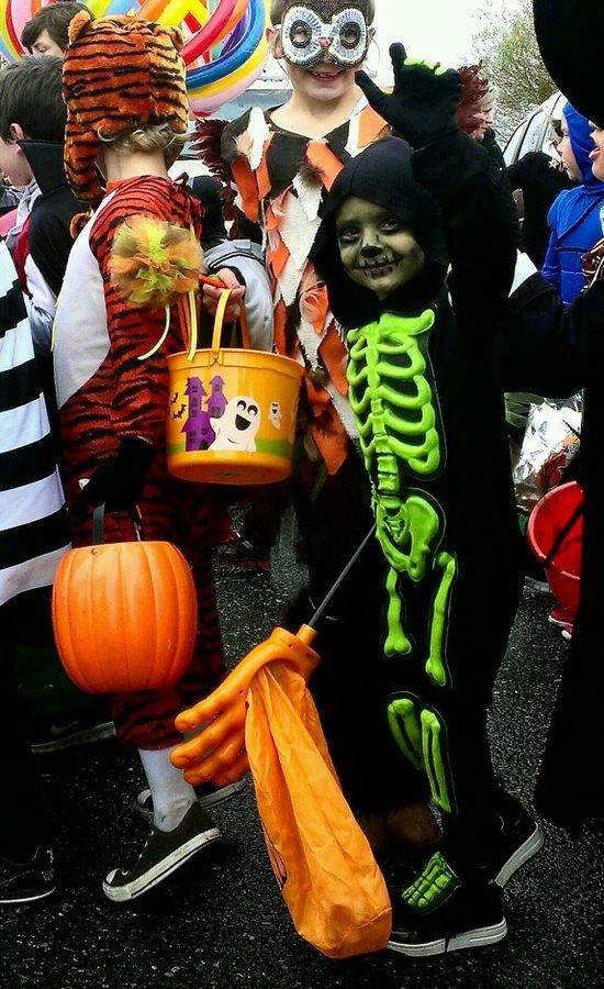 Skeleton kids halloween costume