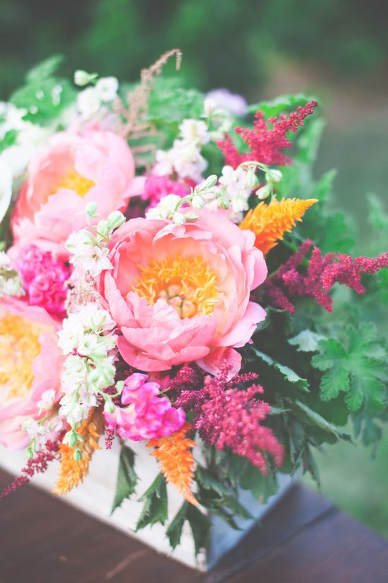 sweet floral arrangement // photo by One Summer Day // flowers by Petals & Hedges // view more: ruffledblog.com/...