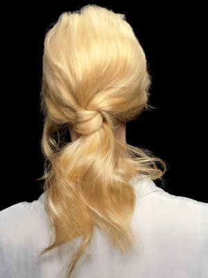 6 Ponytail Hairstyles You Need to Try: Knotty Girl