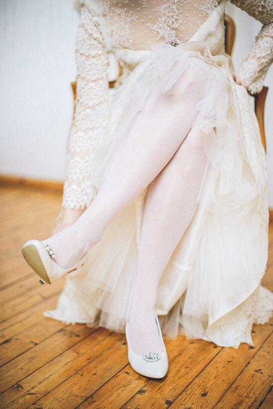 Bride in vintage lace