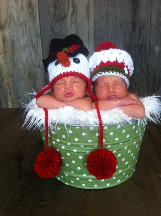"""OMG! Love these hats - Im addicted, """"Baby Jack"""" or """"Baby Lola"""" is going to have a hat collection, Mommy has a fetish with hats!     Snowman Newborn Baby Hat, Holiday, Christmas knitting DIY"""