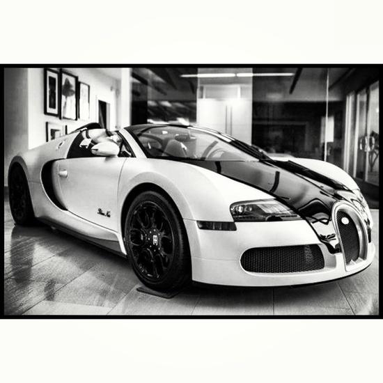 Black and white Bugatti! EPIC!