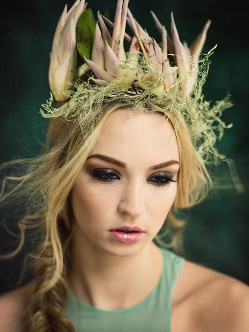 {flower crown}