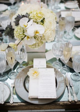 Individual Place Setting  // Photo: Samuel Lippke Studios and Allan Zepeda // TheKnot.com