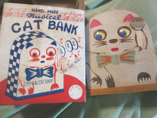 Vintage Wooden Crying Cat bank kitschy cute in box handmade musical