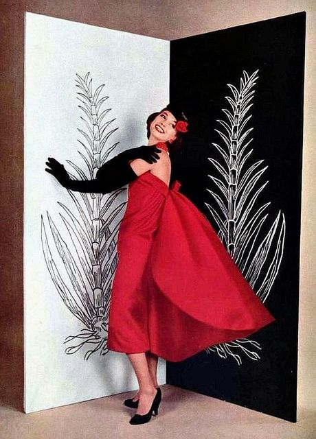 Love the cute bangs and cheerful red hair flower. #vintage #Dior #dress #fashion #1950s