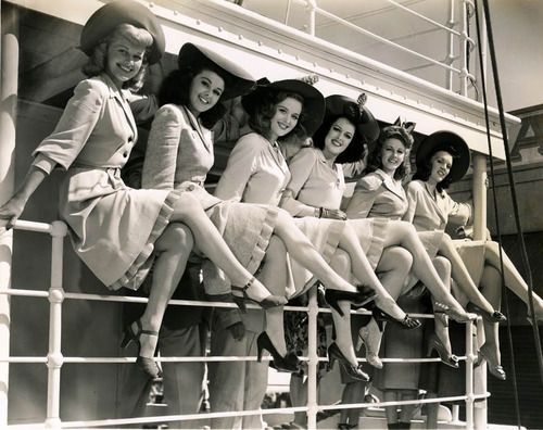 Gorgeous 1940s gals (and fashions!). #vintage #1940s #hats