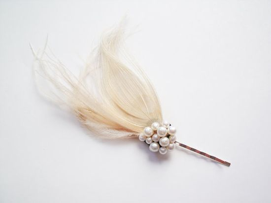 Blonde Peacock Feather Hair Clip