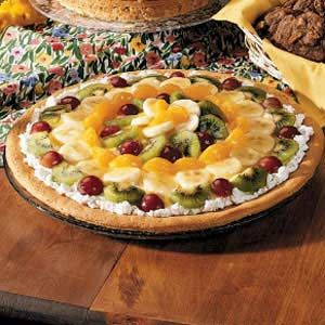 Fruit Pizza from Taste of Home. Great Recipe!
