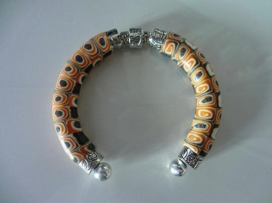 bracelet extruder