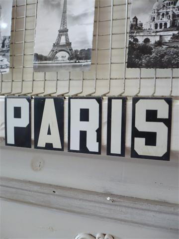 B Paris