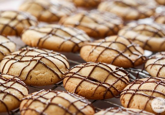 Peanut Butter Cup Cookies - there's a peanut butter cup baked inside! Yes, please!