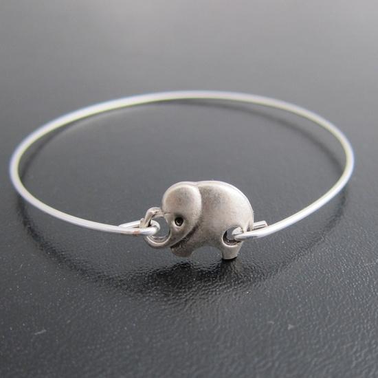 Elephant Bracelet, Silver Elephant Bangle, Elephant Jewelry, Animal Bangle, Animal Bracelet, Animal Jewelry, Cute Elephant Charm Bracelet.