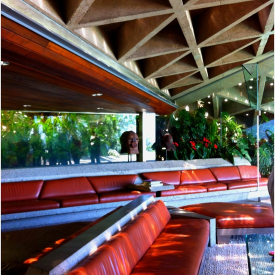 Interior of the Sheats-Goldstein residence by John Lautner