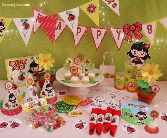 Ladybug Garden Summer Party Invitation and Kit  por paperglitter, $10,00