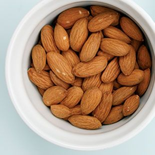 How To: 10 Ways to Snack Smarter -- from @EatingWell #snacktime #Healthy