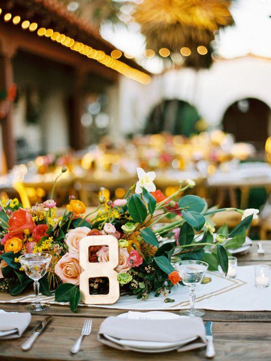 outdoor wedding reception ideas. family style seating. www.weddingchicks...