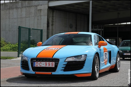 Audi R8 Gulf Wrapped- This car gets lots off negative press after being involved in a car accident in Belgium a few days ago .Artikle and Vid's on foll.link www.nieuwsblad.be...