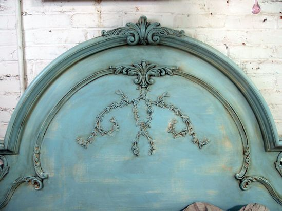 ? Shabby Aqua Queen Romance Bed~ love this color!!