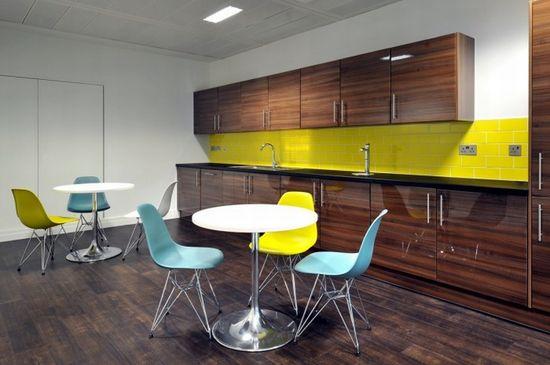Monitise headquarters by Morgan Lovell, London office design