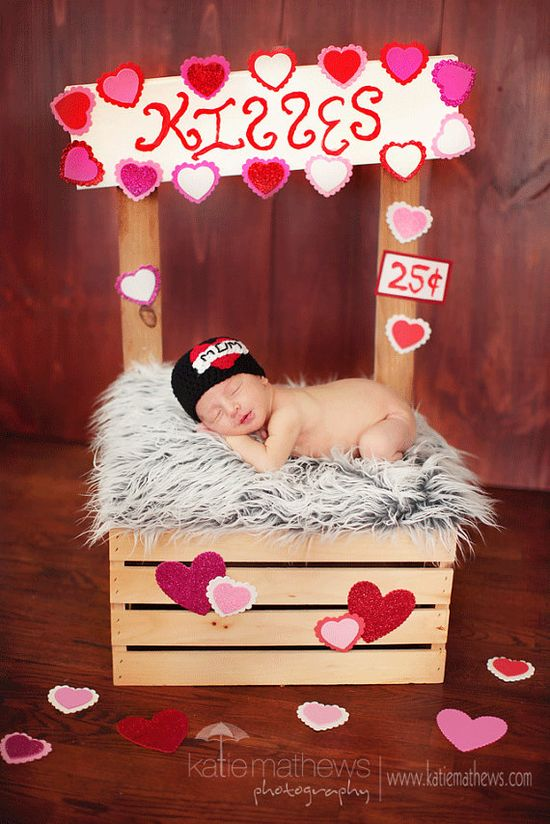 Kissing booth newborn picture:)