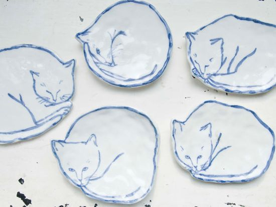 Cat Dish 2 by leahgoren
