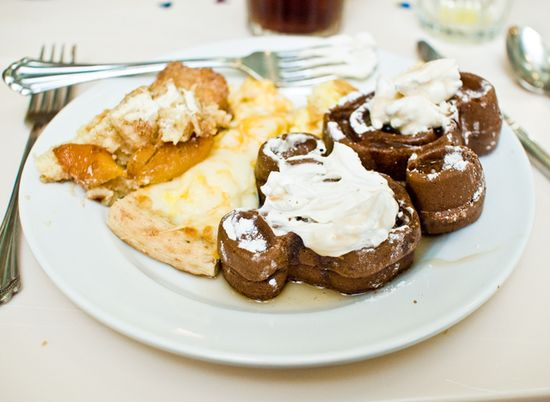 10 can't miss tips for dining at Walt Disney World.