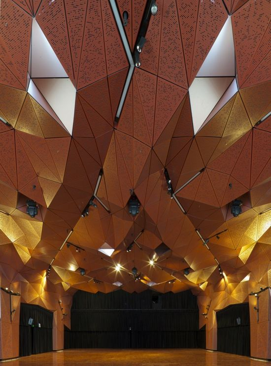 The rebirth of the Great Hall at the University of Technology Sydney [UTS], designed by Sydney architects DRAW [de Manincor Russell Architecture Workshop], is now complete.
