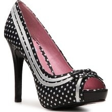 Polka Dot shoes!