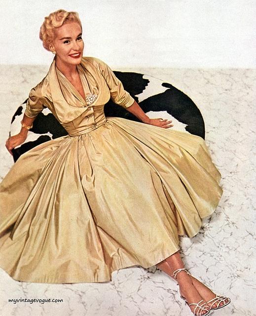 Love this vintage Vogue stuff
