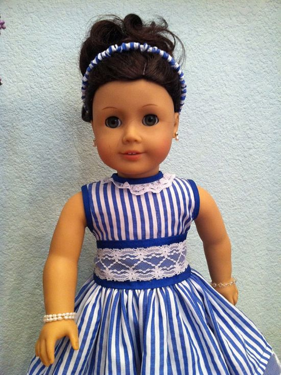 White and Blue Stripes Doll Dress 2012 par SmallWorldCouture, $39,99
