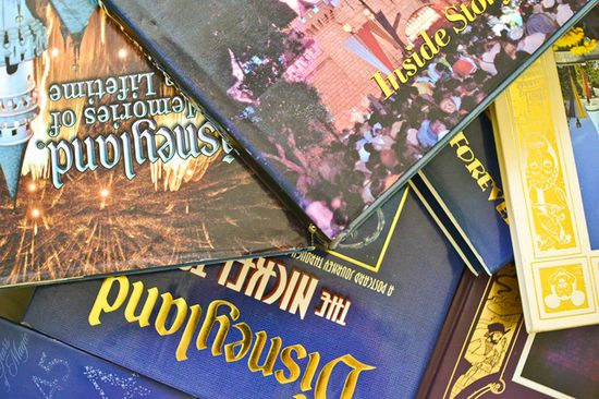 Reviews of all my favorite #Disney books! www.disneytourist...