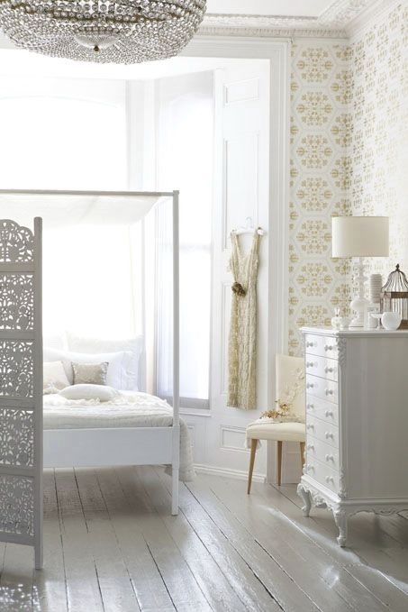 A white bedroom.