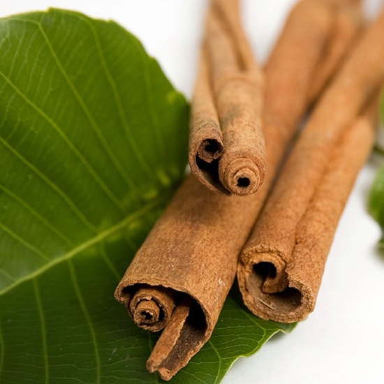cinnamon: health benefits, cooking tips and foodservice uses