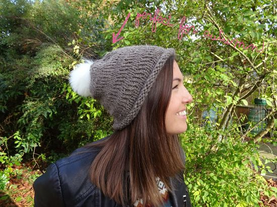 #DIY #Fashion knitted bobble hat.