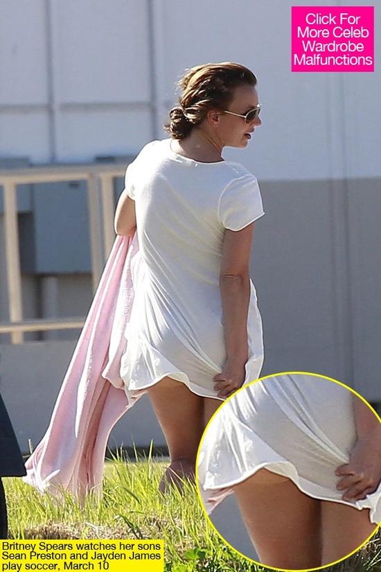 da278f67a04ef6f62e23e3c9d60e829f Wardrobe Malfunctions: 30 hilarious celebrity fails