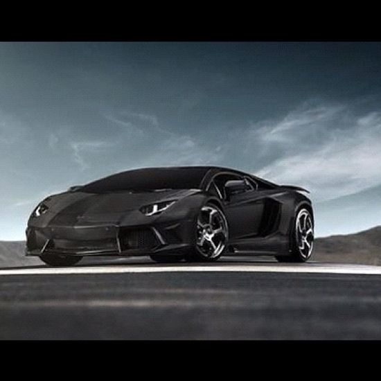 WOW thats some hot stuff! Lamborghini Aventador!