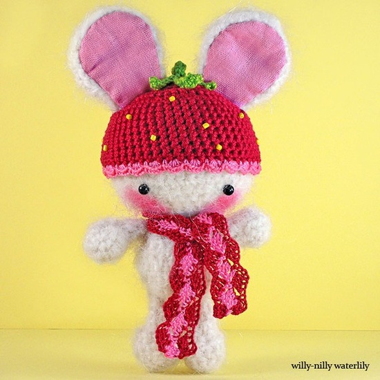 #bunny #strawberry #amigurumi #crochet